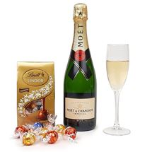 Picture of Moet & Chocolates